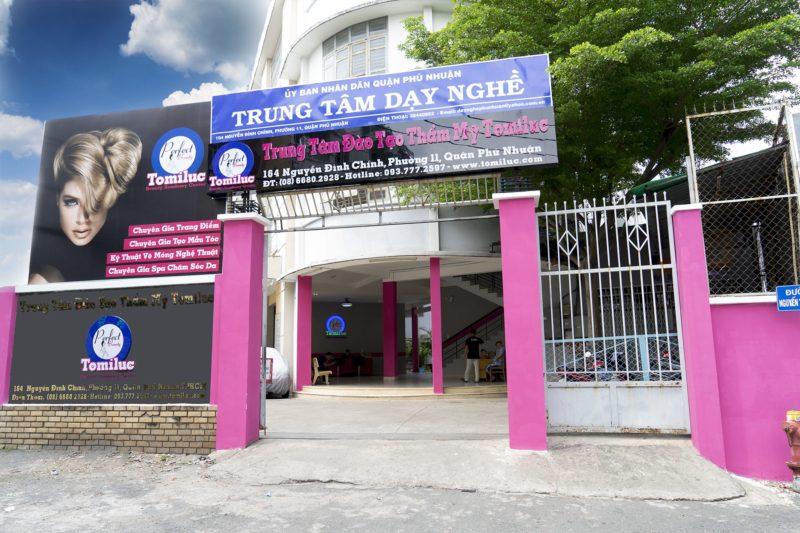 Trung tâm dạy nghề thẩm mỹ Tomiluc