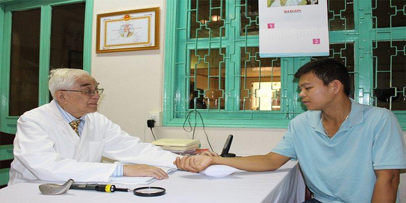 Bác sĩ Đỗ Hữu Định