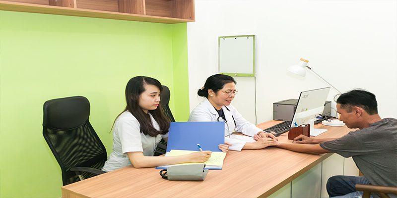 Bác sĩ Huỳnh Thị Nhung