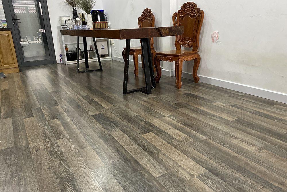 Review sàn gỗ Kronoswiss
